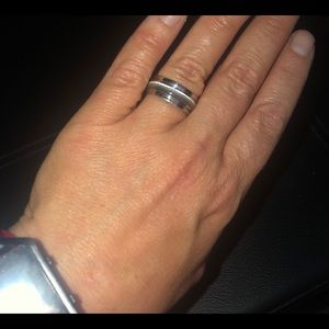 Jewelry - Gently Used Silver Ring Band!